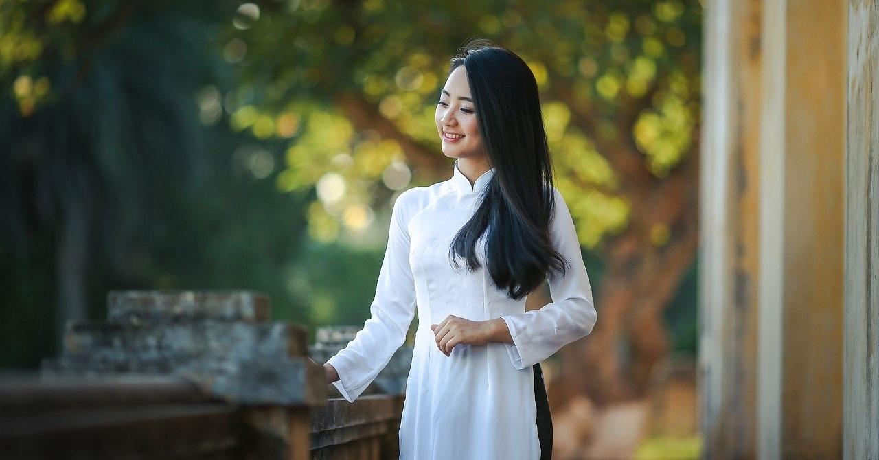 Vẻ đẹp của người phụ nữ từ khí chất, đạo đức, ôn nhu, tinh tế.