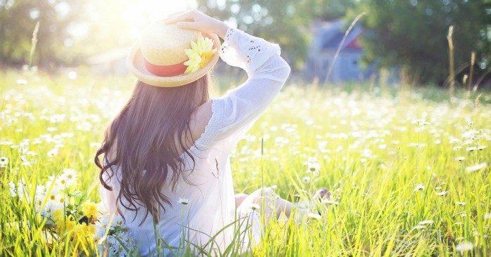 cuộc đòi sẽ luôn bình yên và hạnh phúc khi bạn biết buông bỏ quá khứ