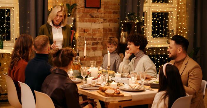 Bánh mì là món ăn được sử dụng thường xuyên trong bữa ăn gia đình Mỹ. Văn hóa trên bàn ăn của người Mỹ cho trẻ tự lựa chọn đồ ăn mà chúng thích.