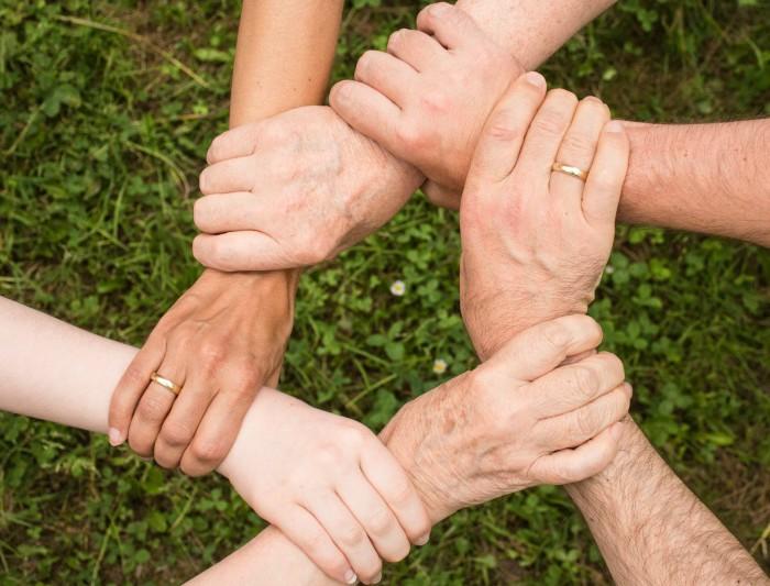 Đoàn kết tạo nên sức mạnh tập thể