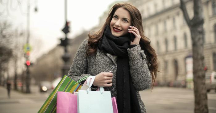 Người phụ nữ tuổi 30 quyễn rũ và biết cách chiều chuộng, chăm sóc  bản thân bằng những sản phẩm tốt nhất