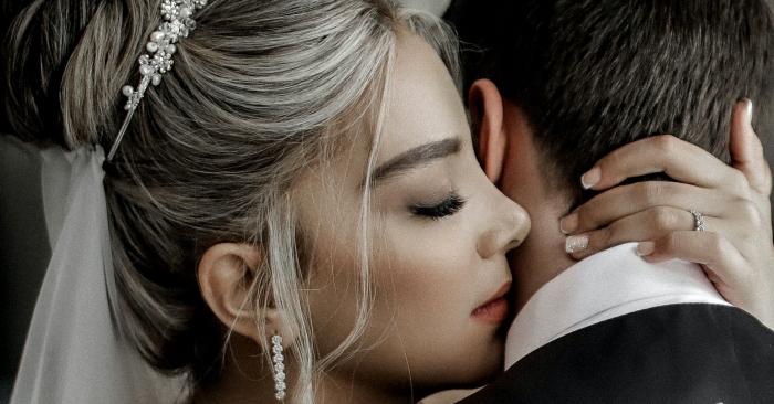 """câu nói """"em tin anh"""" của vợ, khiến người đàn ông luôn có động lực  và không ngại khó khăn thất bại."""