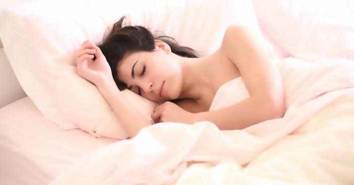 Nhiều nghiên cứu đã chỉ ra rằng: Những người tập thể dục buổi tối sẽ có giấc ngủ ngon và sâu hơn.