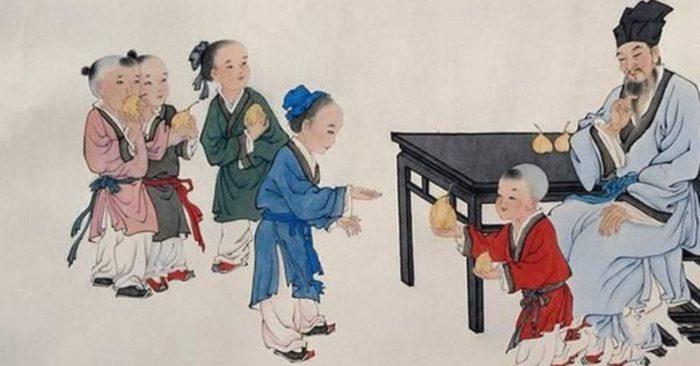 Luyện nghe dịch tiếng Trung Quốc qua truyện ngắn: Khổng Dung nhường lê