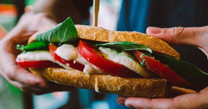 Bánh mì Việt Nam ngon ... top 11 địa điểm mà bạn nến đến