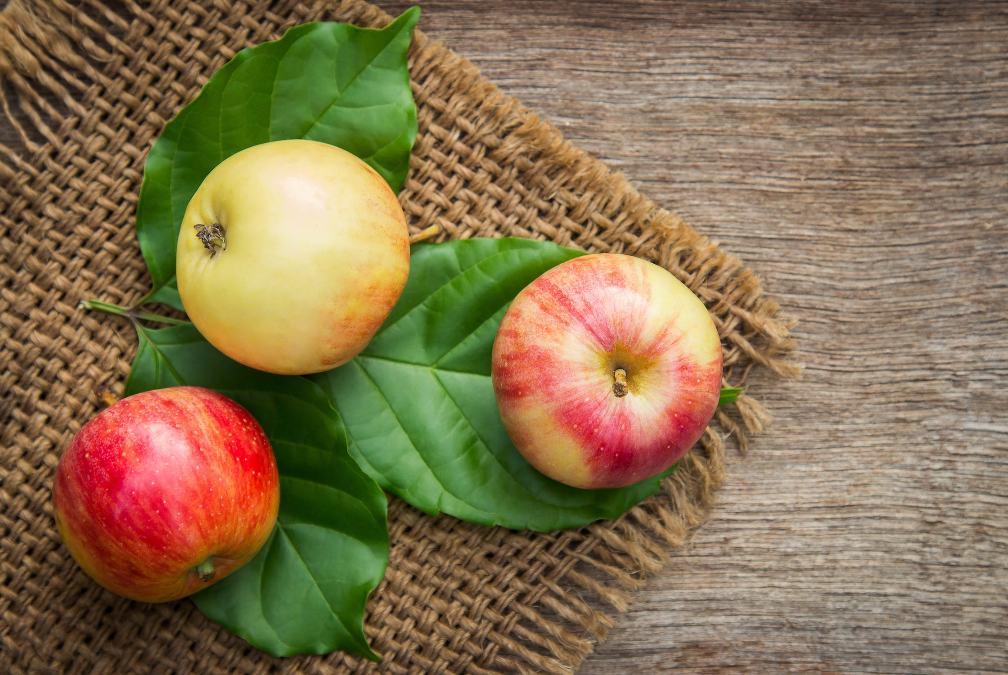 Câu đố khó: A và B có bao nhiêu quả táo