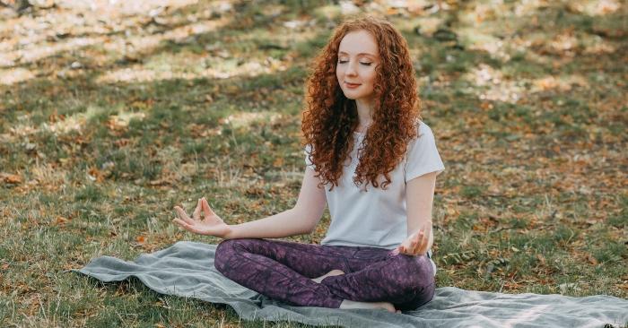 Thiền định giúp bạn cân bằng cảm xúc và kiểm soát cơn nóng giận vô cùng hiệu quả.