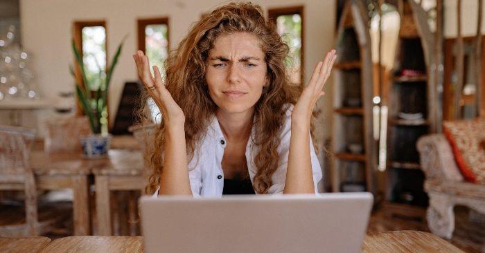 Nóng giận là tình trạng khi con người mất bình tĩnh, không kiểm soát được cảm xúc khi gặp phải vấn đề không như ý. Thời gian lâu dài sẽ khiến gây ra nhiều căn bệnh nguy hiemr. Đặc biệt là với phụ nữ