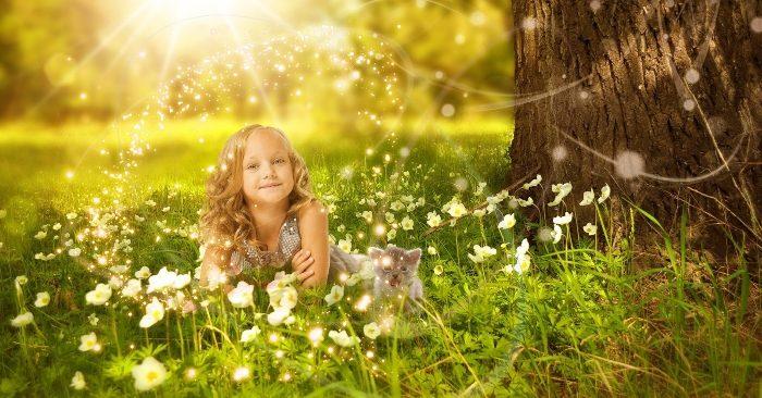 4 điều quý giá nhất trong đời của con người đó chính là: cha mẹ, bản thân, bạn bè và con cái. Khi biết gìn giữ và trân quý 4 điều quý giá này cuộc đời bạn sẽ luôn an yên và hạnh phúc.
