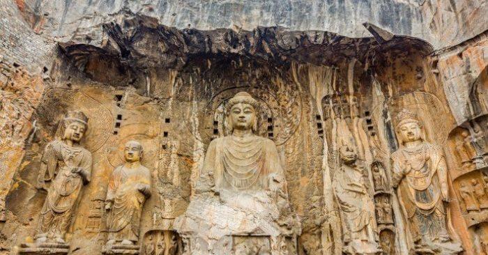 Tượng Phật Lư Xá Na ở Long Môn