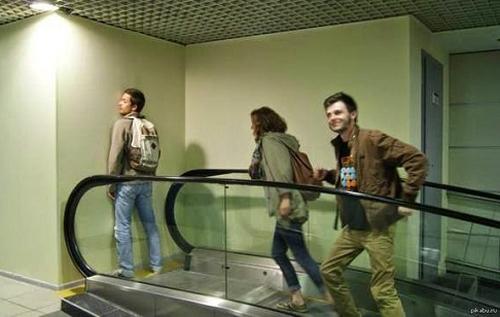Ảnh hài: nơi tận cùng của thang máy cuốn; hình ảnh hài hước; ảnh hài hước; những hình ảnh hài hước