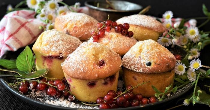 Set bánh cupcake sinh nhật TPHCM giao hàng tận nơi ngon và hấp dẫn