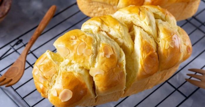 Bánh mì hoa cúc Harrys...