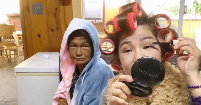 Ca sĩ Kim Ngân nhớ quá khứ vàng son, lần đầu tự trang điểm sau nhiều năm lang thang.