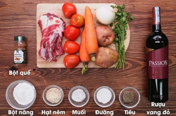 Cách nấu món đuôi bò sốt vang đậm đà...; Cách nấu đuôi bò sốt vang; Cách nấu đuôi bò hầm sả; Cách nấu đuôi bò hầm thuốc bắc; Cách nấu bò sốt vang; Nấu món đuôi bò hầm rượu vang.