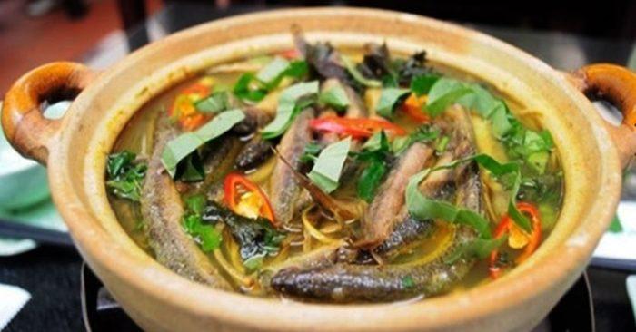 Cách nấu lươn om củ chuối hấp dẫn đậm đà hương vị