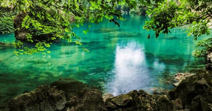 Địa điểm du lịch thời covid trong dịp lễ 30/4 và 1/5...; Hồ Ba Bể ở đâu; Hồ Ba Bể cách Hà Nội bao xa; du lịch bắc kạn - cao bằng.