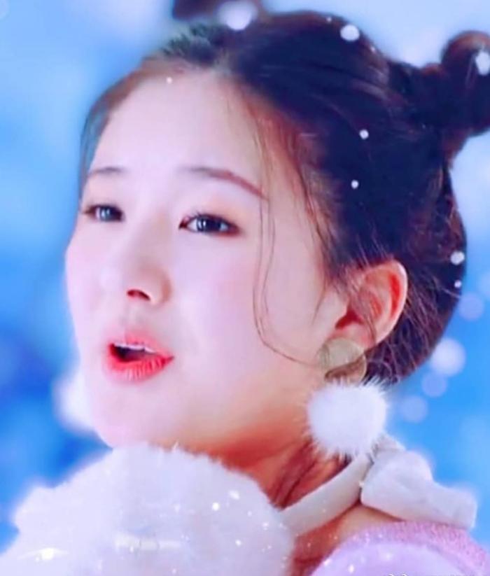 Instagram của Triệu Lộ Tư cute và những hình ảnh đẹp...triệu lộ tư phim; Triệu Lộ Tư - Đinh Vũ Hề; triệu lộ tư phim mới 2021