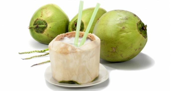 Nước dừa là chất lỏng trong suốt, vị thơm ngon, được chứa đựng bên trong quả dừa non (hay còn gọi là dừa xanh). Đây là loại nước giải khát chứa ít calo, chất béo; nhưng lại rất giàu khoáng chất và vitamin.