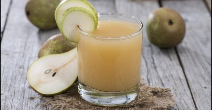 Quả lê ít gây dị ứng hơn nhiều loại quả khác, và vì thế nước ép quả lê đôi khi được sử dụng như là loại nước quả lần đầu tiên cho trẻ sơ sinh uống. Nước ép lê còn có công dụng giải rượu hiệu quả.
