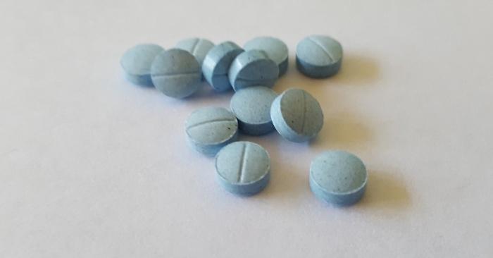 Sử dụng thuốc ngủ đúng cách... sử dụng thuốc ngủ nhiều có tốt không; cách sử dụng thuốc seduxen; tác hại của việc sử dụng thuốc ngủ;