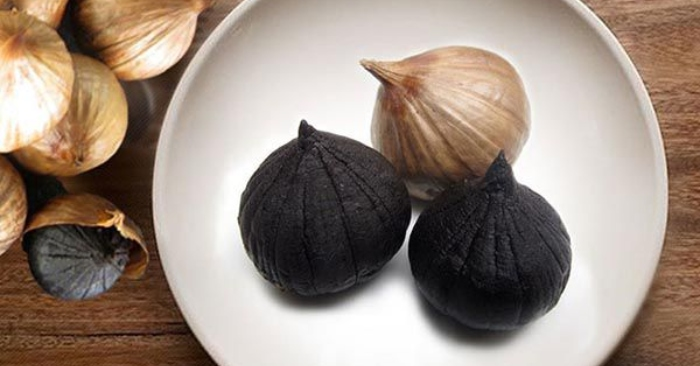 Tỏi đen cô đơn (tỏi đen một nhánh) là một sản phẩm thực phẩm chức năng đang rất được ưa chuộng.