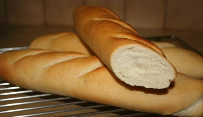Bánh mì bao nhiêu calo? cách ăn bánh mì để giảm cân... 100g bánh mì trắng bao nhiêu calo; Bữa sáng giảm cân với bánh mì.