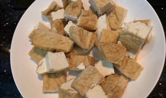 Cách kho đậu hũ với nước tương ngon đơn giản;  Đậu hũ kho tương; Cách kho đậu hũ chay; Thịt kho đậu hũ;