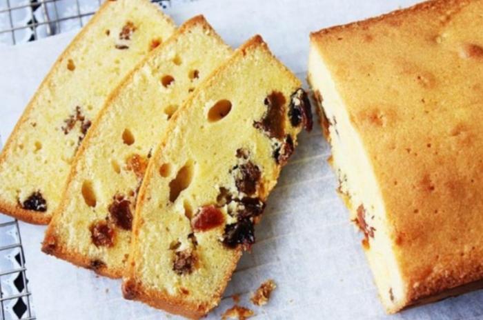 Cách làm bánh bông lan nho khô thuần chay mềm mịn; Bánh bông lan không qua xa lạ với bất kì ai. Loại bánh ngọt này có xuất xứ từ Pháp.