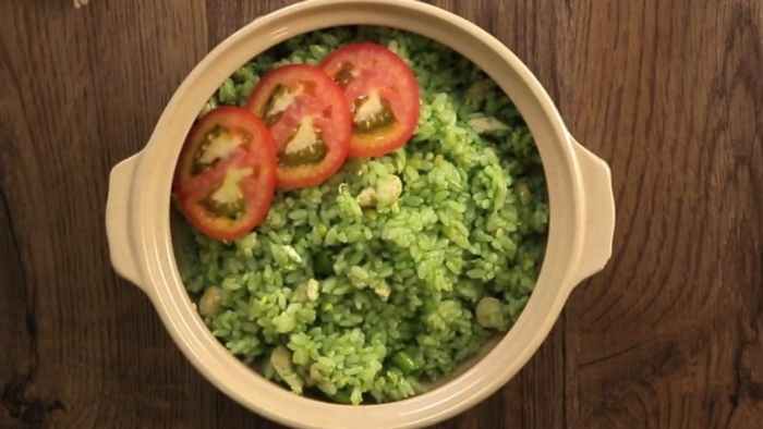 Cách làm cơm chiên muối ớt xanh hấp dẫn, lạ miệng; Cơm chiên chay kiểu Thái; Cơm chiên chay thập cẩm; Cơm chiên bát bửu chay; Cách làm Các món cơm chiên chay.