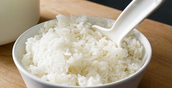 Cách làm cơm chiên muối ớt xanh hấp dẫn, lạ miệng; cơm chiên dương châu chay - cách làm; Cách làm cơm chiên; Cơm chay; Cơm chiên rong biển chay.