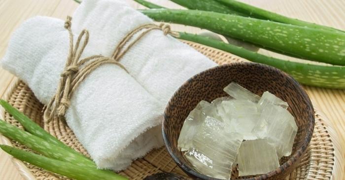 cách làm trắng da bằng nha đam nhanh nhất; cách làm gel nha đam dưỡng trắng da; Se khít lỗ chân lông bằng nha đam đông đá; Cách làm gel nha đam dưỡng trắng da.