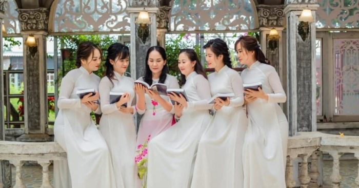 Học 10 từ vựng tiếng Trung có trong sách Chuyển Pháp Luân - P82; học tiếng trung; từ vựng tiếng trung; học tiếng trung cơ bản