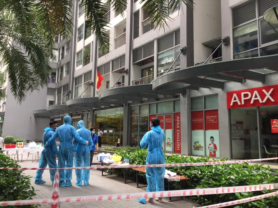 Phong tỏa một tòa ở Times City khi phát hiện có ca dương tính