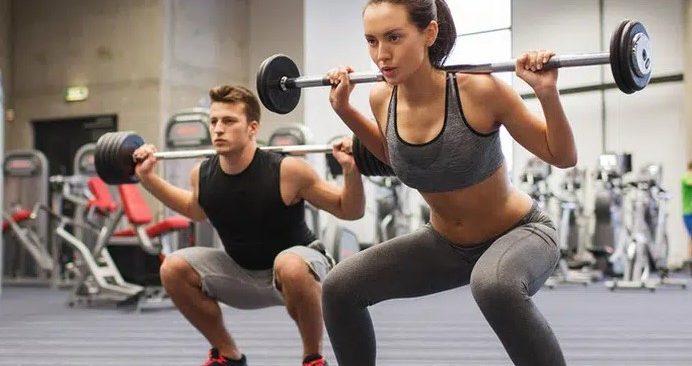 phu nu tap gym