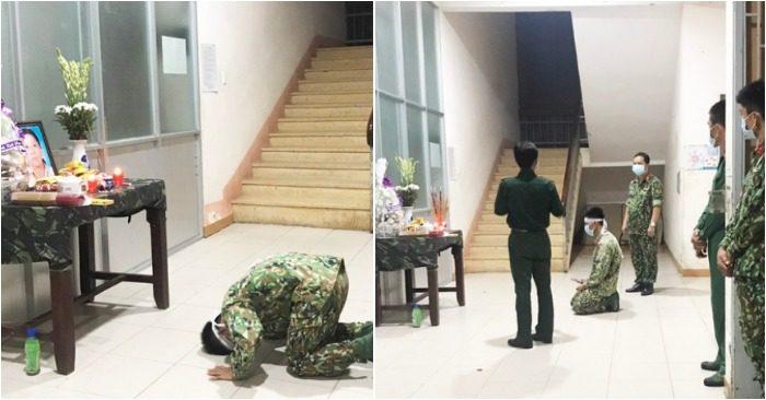 Trung sĩ Phùng Minh Phục vái vọng mẹ từ khu chống dịch Covid-19 ở tỉnh Long An
