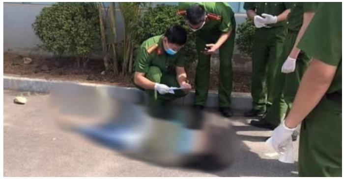 Công an đã có mặt tại hiện trường ngay sau khi xảy ra sự việc (ảnh chụp màn hình trên báo Người Lao Động).