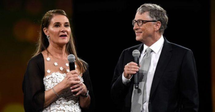 Tỉ phú Bill Gates đi nghỉ hàng năm với 'bồ cũ' và xin phép 'bạn gái cũ' trước khi kết hôn...