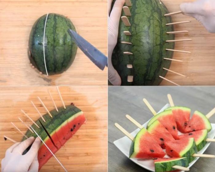 Các que trên quả dưa nên cách đều nhau. Dùng dao chia quả dưa thành 3 phần với 2 vết cắt song song với đường que.