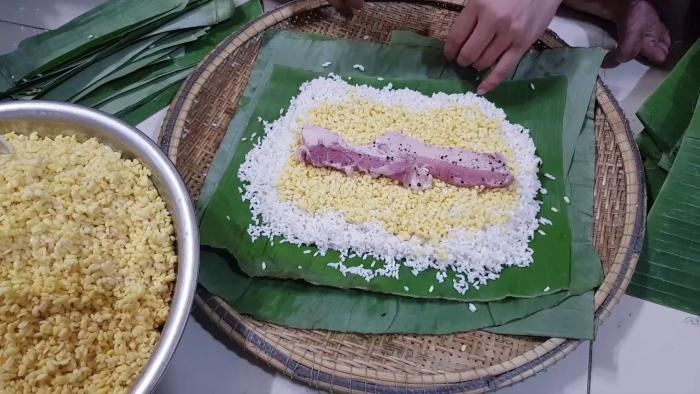 Cách nấu bánh tét truyền thống; làm bánh tét chuối; Cách gói bánh tét miền Tây; Cách gói bánh tét bằng lá dong; Cách gói bánh tét chữ.