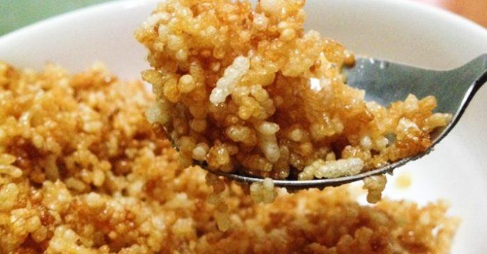 Cách làm cơm khô ngào đường giòn thơm đậm vị
