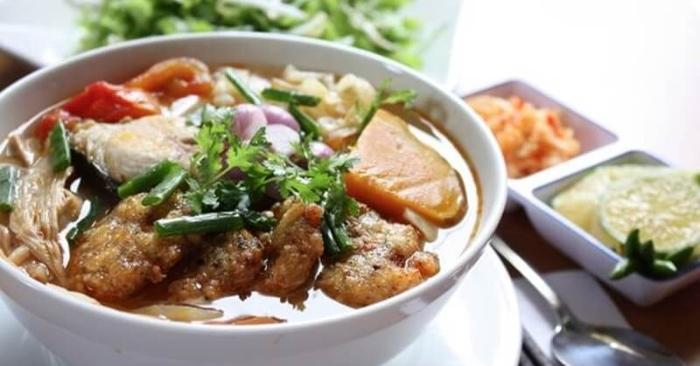 Cách nấu bún chả cá thác lác thơm ngon chuẩn vị Miền Trung; nước dừa; miền Tây; hải sản; chua cay.