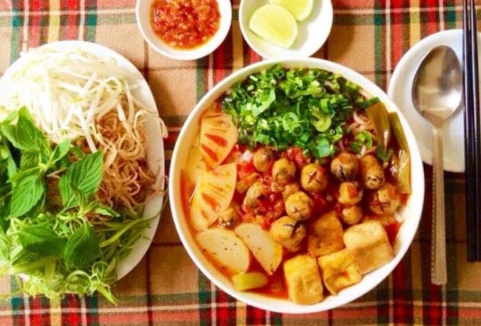 Cách nấu bún chay Huế chuẩn vị thơm ngon dễ làm tại nhà; bổ dưỡng dễ chế biến; món ăn cuối tuần;