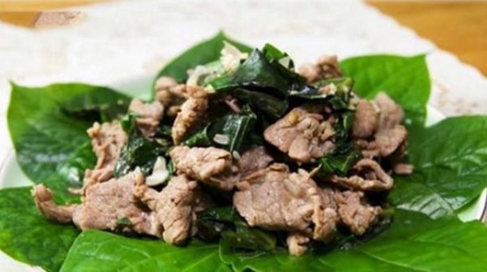 Cách nấu thịt trâu xào lá lốt; trâu xào rau cần; Thịt trâu xào khế; Thịt trâu xào hành tây lá lốt; Thịt trâu cuốn lá lốt.