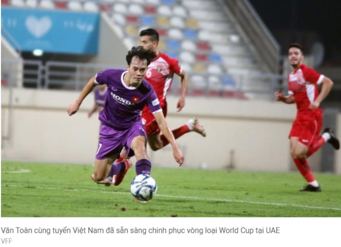 Cổ động viên đội tuyển Việt Nam tại UAE đón nhận tin vui tại vòng loại World Cup 2022