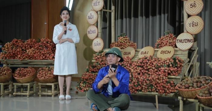 Clip: Nghệ sĩ Xuân Bắc chốt 1.000 đơn trong 30 phút hỗ trợ vải thiều Bắc Giang trong tâm dịch