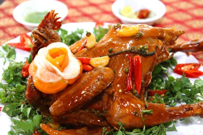 Cách làm gà hấp hành; nước mắm nhĩ; dừa; gừng; Vành Khuyên; bằng nồi cơm điện; bí quyết; mẹo chọn;