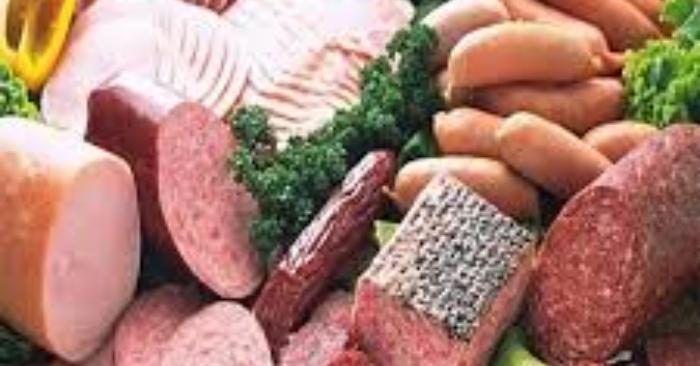 Thịt nguội được chế biến từ thịt qua nhiều công đoạn, nó không có lợi mà còn gây hại cho bà bầu
