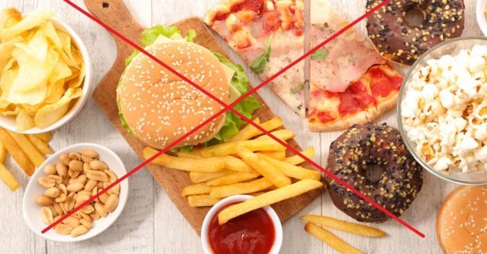 Những thực phẩm ăn nhanh, ăn liền, nhiều dầu mỡ mẹ bầu tuyệt đối không nên ăn trong thai kỳ