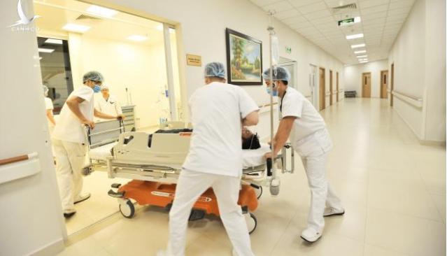 Bệnh nhân ngất xỉu 4 bệnh viện từ chối cấp cứu